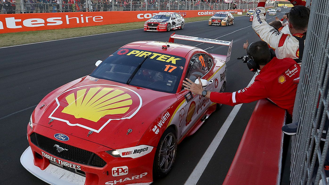 Scott McLaughlin drives the #17 Shell V-Power Racing Ford to win the Bathurst 1000