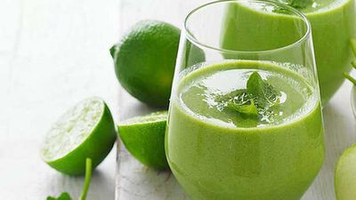 "Recipe:&nbsp;<a href=""http://kitchen.nine.com.au/2017/08/31/15/05/apple-spinach-and-mint-smoothie"" target=""_top"">Apple, spinach and mint smoothie</a>"