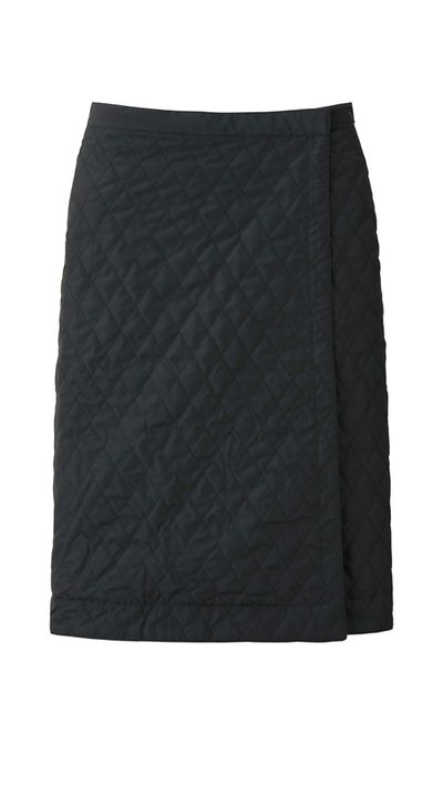 "<a href=""http://www.uniqlo.com"" target=""_blank"">Skirt, $29.90, Uniqlo</a>"