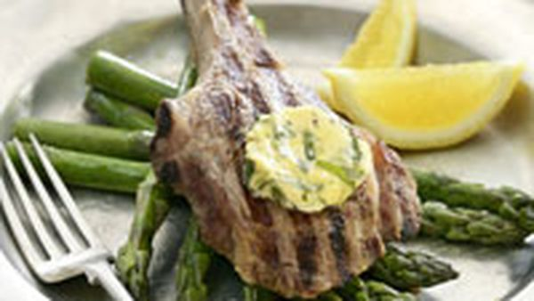 Veal chops with basil butter
