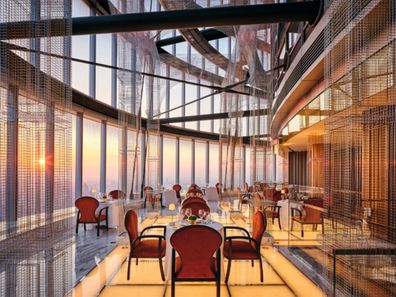 J Hotel Shanghai Towers: Centouno Dinner