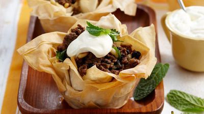 "Recipe:&nbsp;<a href=""http://kitchen.nine.com.au/2016/05/13/12/48/mediterranean-mince-tarts-for-8"" target=""_top"" draggable=""false"">Mediterranean mince tarts<br /> </a>"