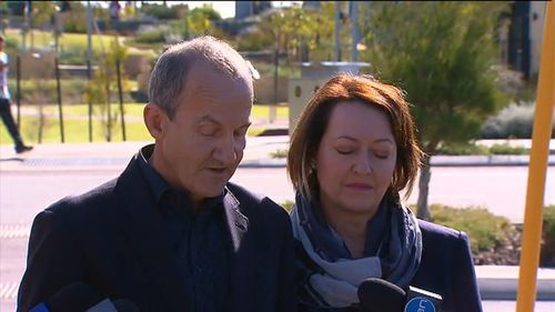 Alan Bond's son John address the media today. (9NEWS)