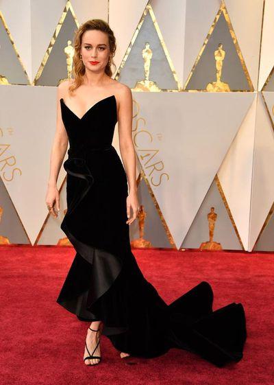 Brie Larson in Oscar de la Renta at the 2017 Oscar Awards