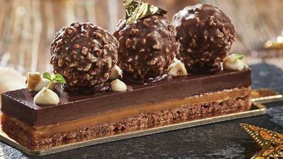 The Rocher delight bar with salted caramel and hazelnut ganache
