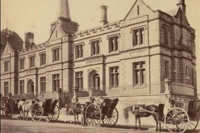 Registrar-General's building in Sydney, 1870