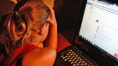 Kids' tool for dobbing in cyber predators as simple as joining the dots