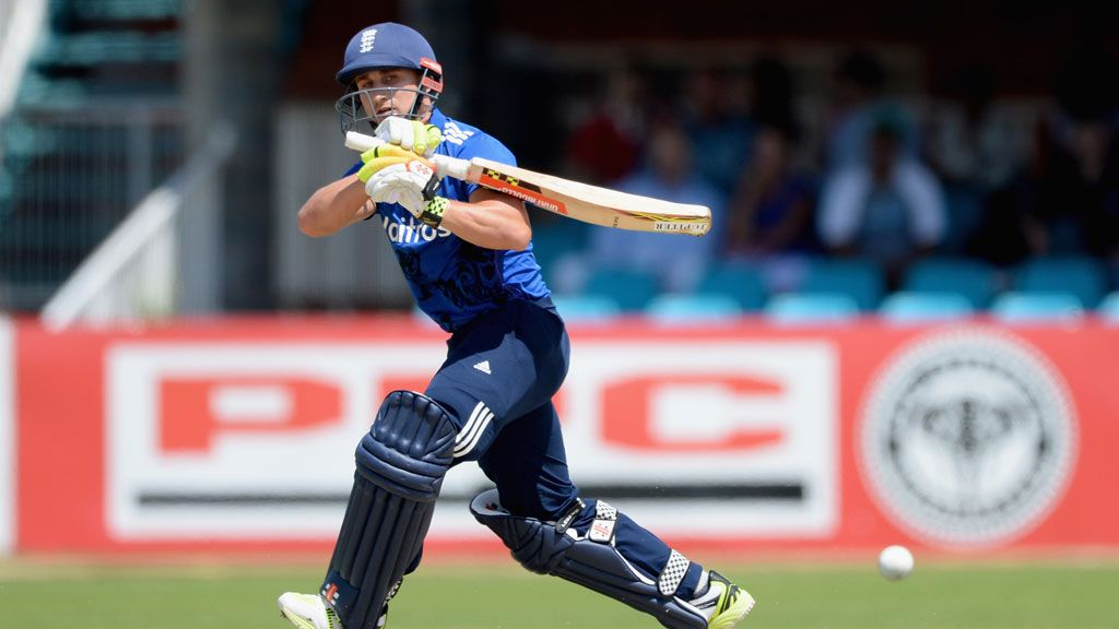 James Taylor has been forced into early retirement because of a heart condition. (Getty)