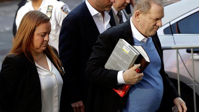 Harvey Weinstein turns himself into authorities in New York