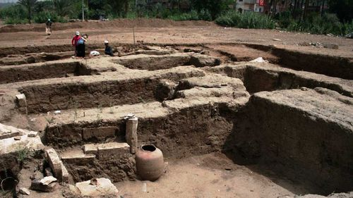 A large Roman bath and a chamber likely for religious rituals, that was recently discovered in the of Mit Rahina.