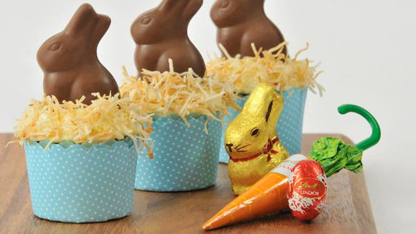Easter carrot cupcakes