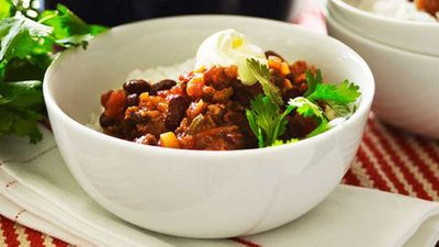 "4.) Chilli con carne - <a href=""https://kitchen.nine.com.au/2016/05/16/10/50/chilli-con-carne"" target=""_top"">classic chilli con carne</a>"