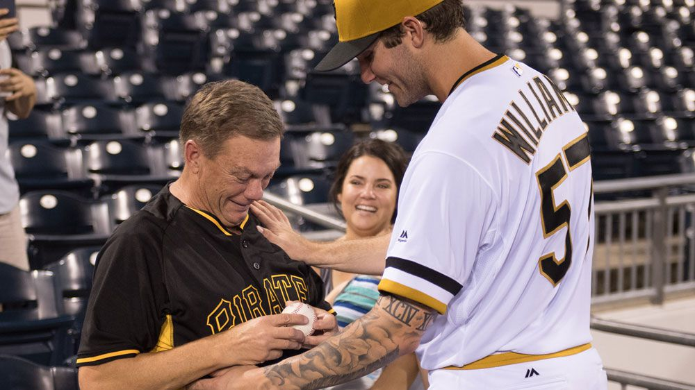 Pirates pitcher Williams shares a lovely moment with his dad