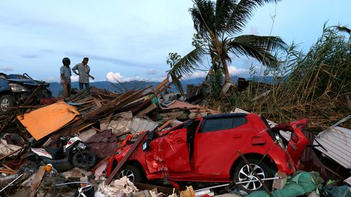 Indonesia's disaster agency says the death toll from the earthquake and tsunami that struck Sulawesi island has risen to 1763