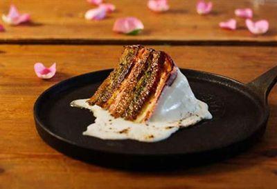 "Recipe: <a href=""/recipes/iham/9067372/jarlsberg-wedding-cake-reuben-sandwich  "" target=""_top"">Jarlsberg wedding cake Reuben sandwich</a>"