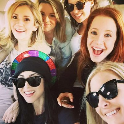 Kaley's sister Briana in the sparkly hat, Party of Five's Lacey Chabert in the sunnies at the top.