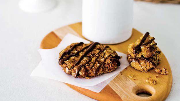 Choc Anzac biscuits