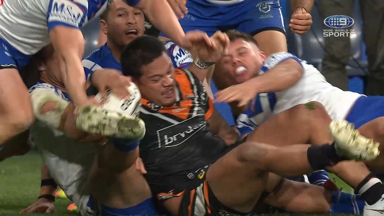 Canterbury bulldogs star Will Hopoate out for 6-8 weeks with ankle injury