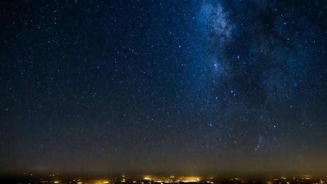 Pilot Sales Wick captures amazing timelapse footage of night flight