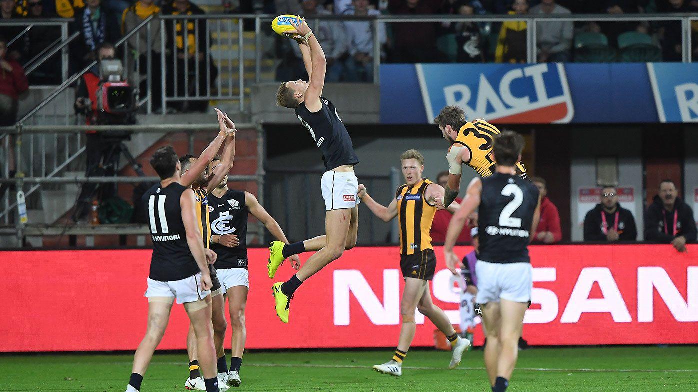 Carlton blow six-goal first-half lead against Hawthorn in thrilling encounter