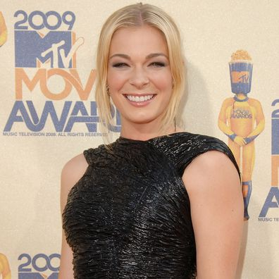 LeAnn Rimes arrives at the 2009 MTV Movie Awards Arrivals at the Gibson Amphitheatre on May 31, 2009 in Universal City, California.