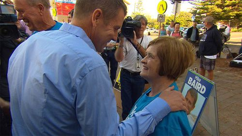 Mike Baird thanks volunteers for their campaign efforts. (9NEWS)