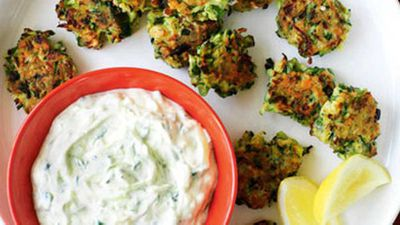 "<a href=""http://kitchen.nine.com.au/2016/05/19/12/56/zucchini-fritters-with-tzatziki"" target=""_top"">Zucchini fritters with tzatziki</a>"