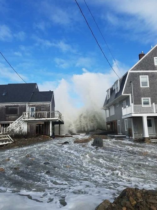 Coastal alerts were issued from New Jersey to Massachusetts (AAP).