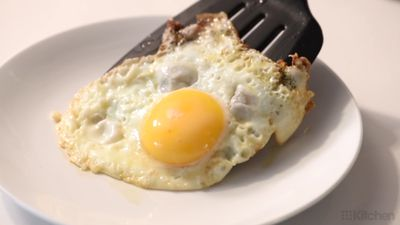 How to fry a perfect egg every single time
