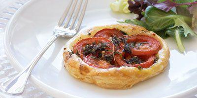 Herbed tomato tarts