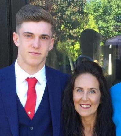 Mum's heartbreaking final text to son before dying of coronavirus