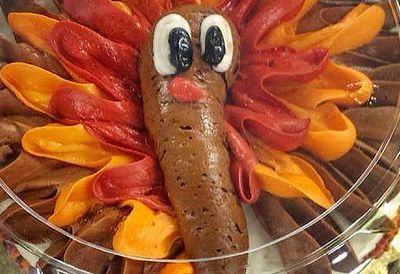 Thanksgiving cake looks like poo