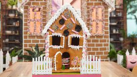 Anna Polyviou's Family Food Fight gingerbread house challenge recipe