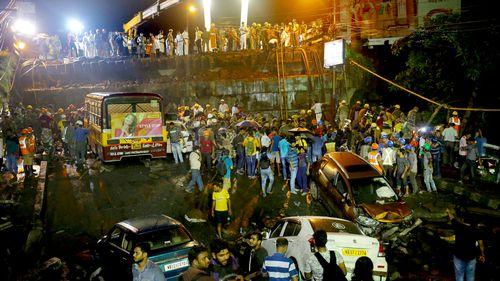 India overpass collapse kills 1 injures 23