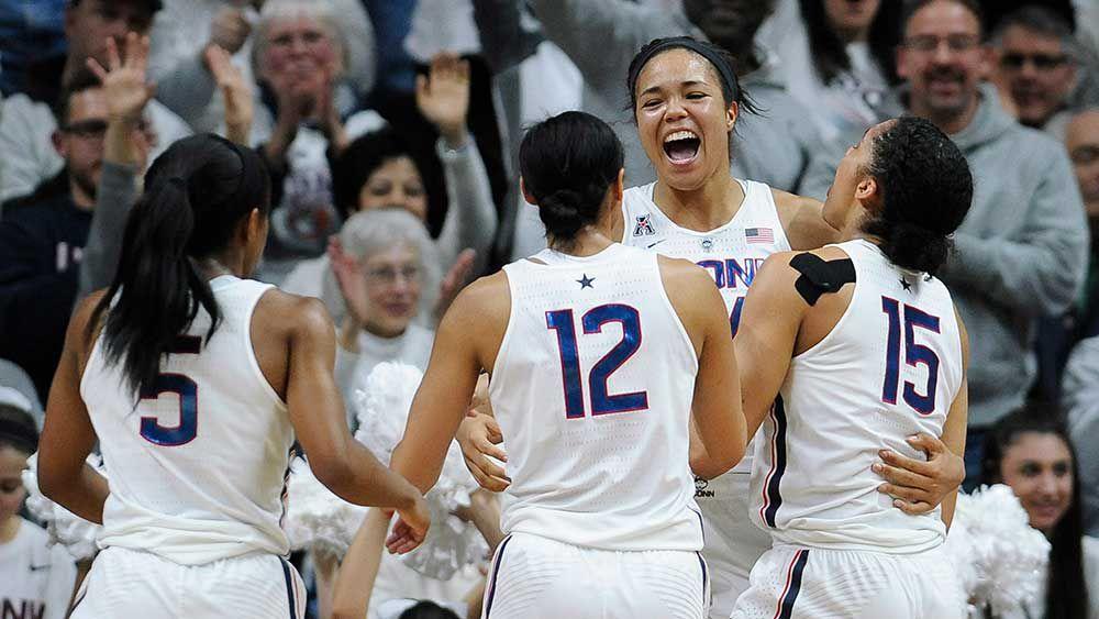 UConn basketball team win 100 straight
