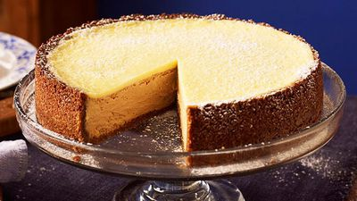 """<a href=""""http://kitchen.nine.com.au/cake/cheese"""" target=""""_top"""">#6 Cheesecake<br> </a>"""