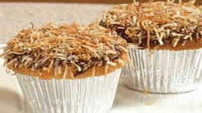 """Recipe:&nbsp;<a href=""""http://kitchen.nine.com.au/2016/05/18/06/27/little-lamington-cakes"""" target=""""_top"""">Little Lamington Cakes</a>"""