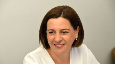 Frecklington warns Palaszczuk it's 'game on'