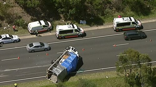 Eastbound lanes of Sydney's M4 closed at Glenmore Park due to truck crash
