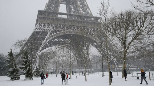 France's most visited monument will be closed for two days to ensure visitors are safe. (AAP)