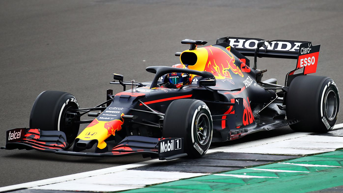 Alex Albon at the wheel of the Red Bull.