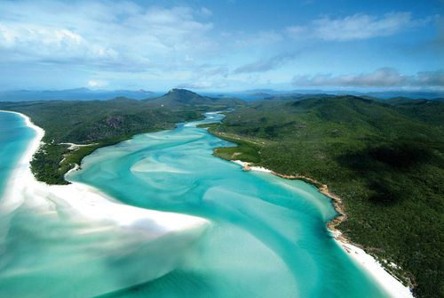 Whitehaven Beach, arguable Australia's finest beach, was snubbed in the world's top 25. (AAP)