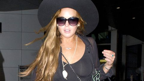 Lindsay Lohan now a suspect in $100,000 jewellery theft, 'could go to jail'