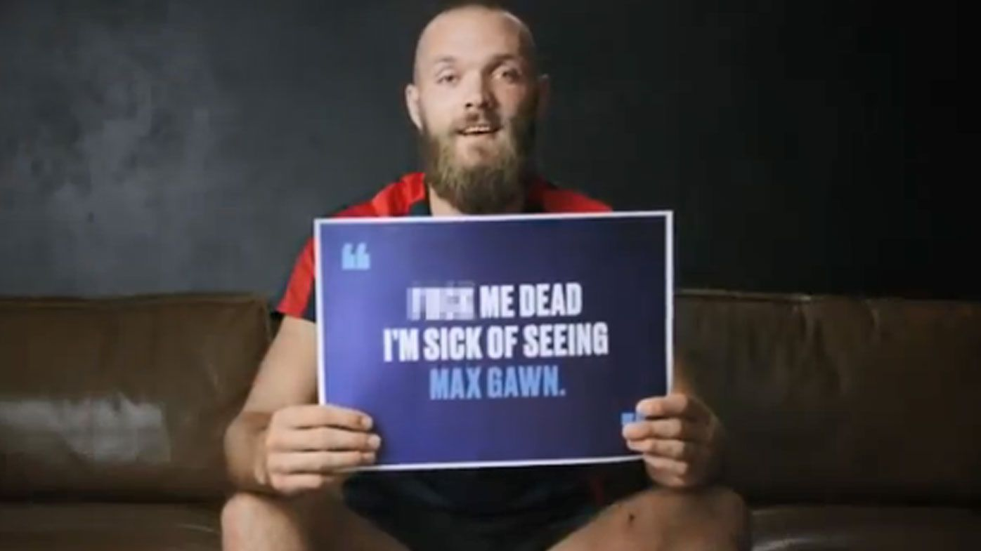 Melbourne Demons to run through banner of 'mean tweets' to call out online bullying