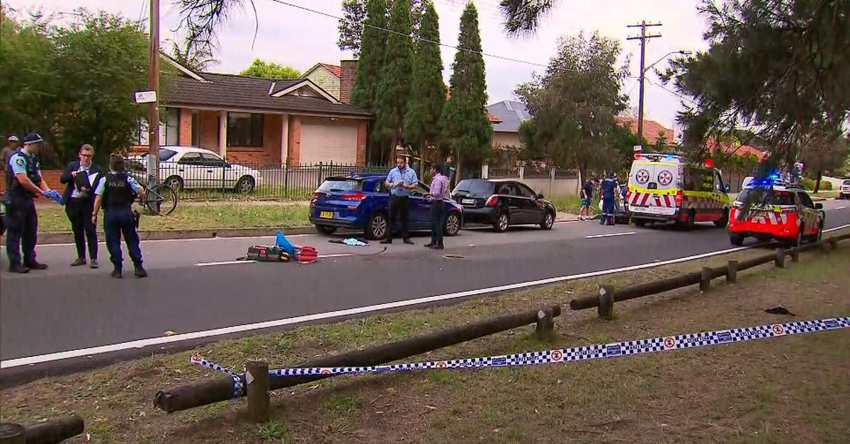 Sydney man found with stab wounds on street in Maroubra – 9News