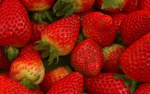 South Australian woman find's nail in punnet of strawberries