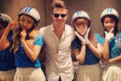 @reecemastinofficial: Met the awesome crayon pop before such lovely bubbly people @sonymusicau <br/>