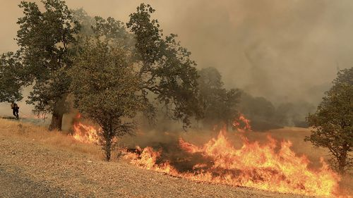 The biggest blaze, near the community of Clearlake, about 160km north of San Francisco, spread fast.