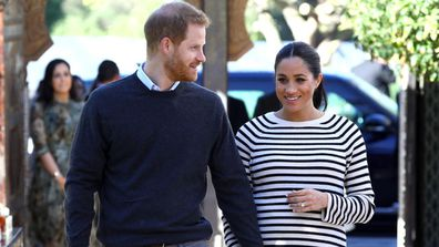 Prince Harry and Meghan Markle royal baby announcement Buckingham Palace easel