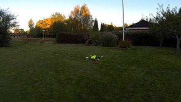 9RAW: Flypulse defibrillator drone